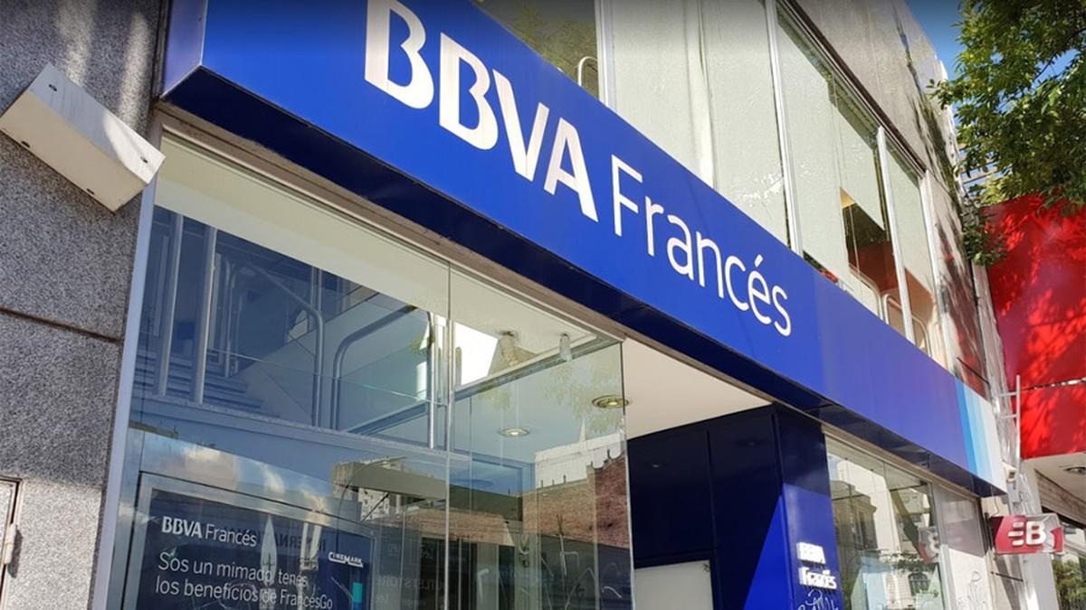 Banco BBVA Francés pagará daño moral y patrimonial por accidente en sucursal