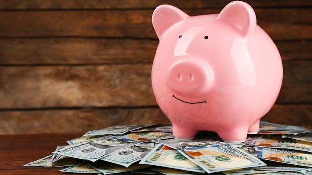 Obligan a los fondos comunes a valuar sus tenencias al dólar oficial