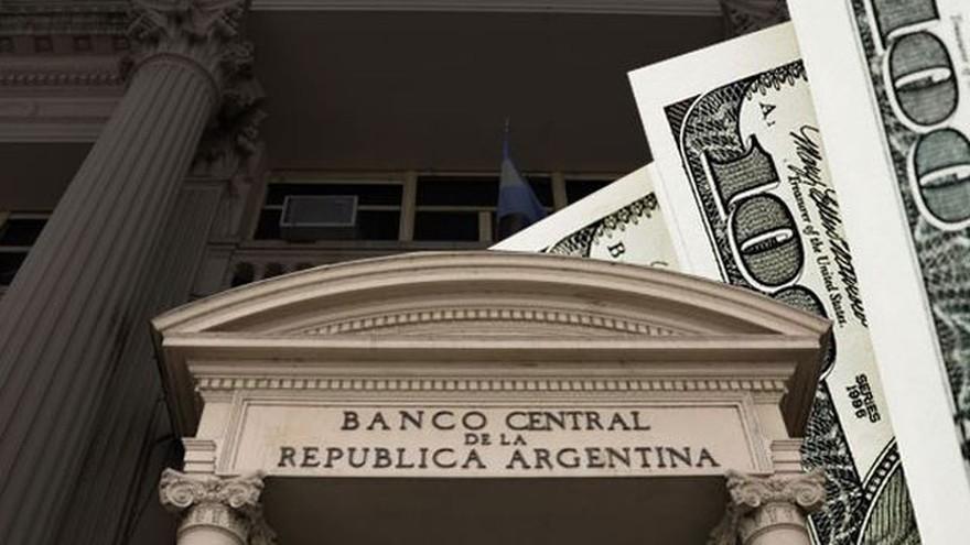 Las reservas netas del Banco Central bajaron a la mitad en 9 meses: cuál es la advertencia de los expertos