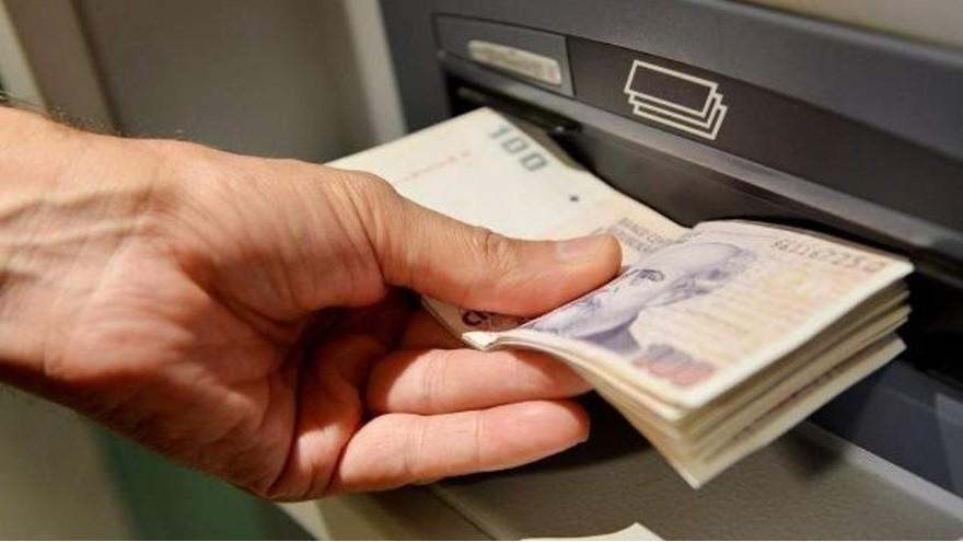 Pagarán bono especial de $5.000: empleados de qué sectores serán los que lo recibirán
