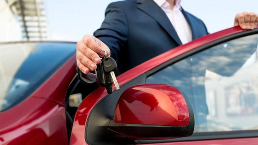 Autos para todos: los agresivos planes de venta de autos 0Km, con hasta 120 cuotas y rebajas de $300.000