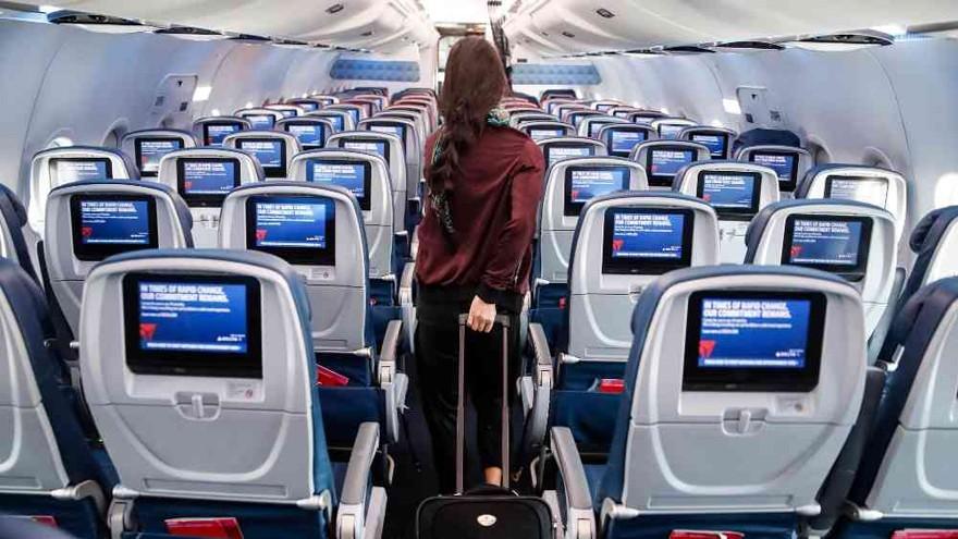 ¿Vas a viajar en avión?: estos son los asientos en los que corrés más riesgo de contagio de Covid-19