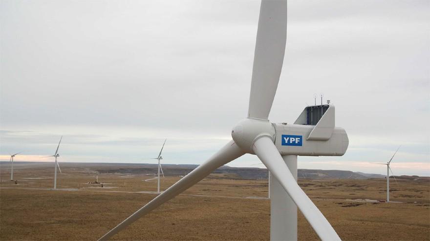 El Gobierno e YPF buscan masificar un nuevo combustible verde: ¿de qué se trata?