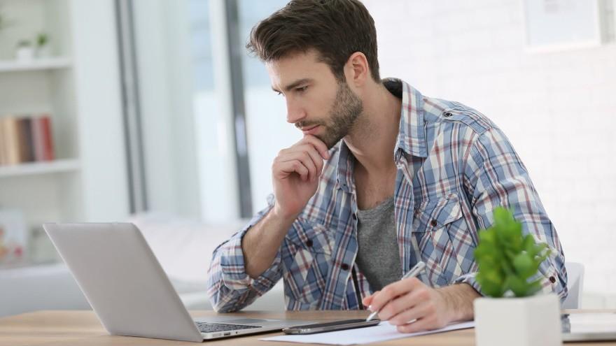 """Home office, modalidad """"3x2"""": prevén llegada de esquema """"mixto"""", con unos días en la oficina y otros en el hogar"""